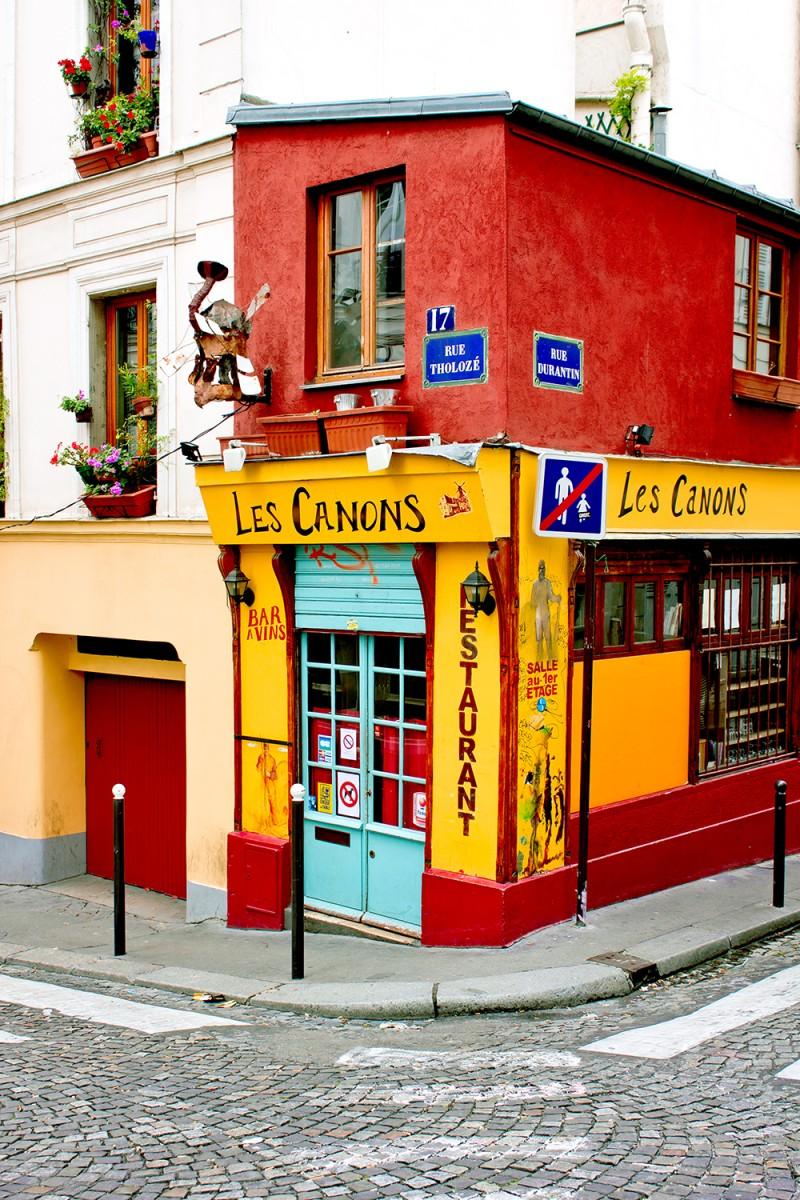Les Canons Restaurant, Montmartre, Paris